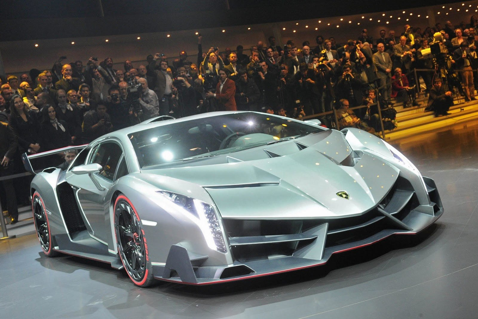 Latest The New Lamborghini Sports Cars Models Wallpaper Pictures Free Download