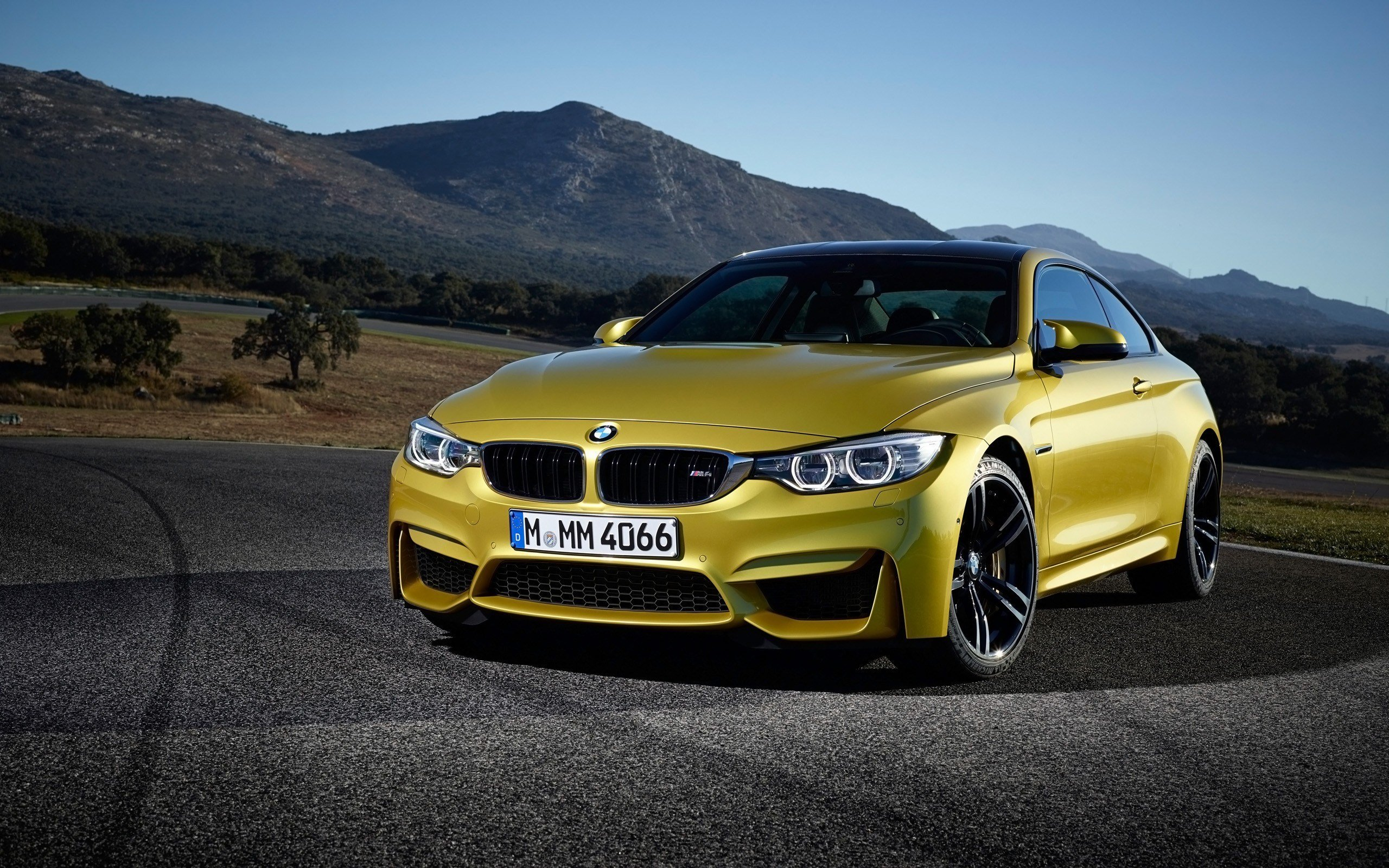 Latest 2014 Bmw M4 Coupe Wallpaper Hd Car Wallpapers Id 3954 Free Download