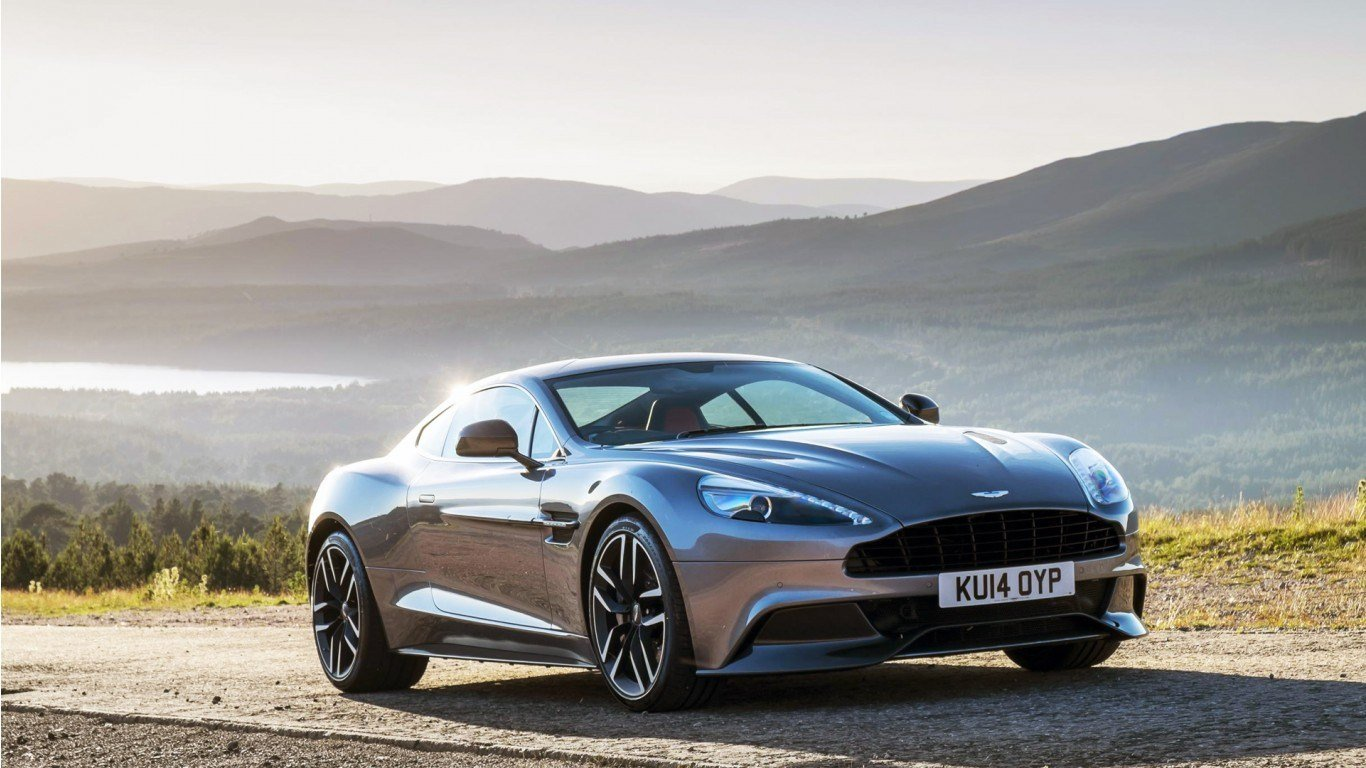 Latest 2015 Aston Martin Vanquish Wallpaper Hd Car Wallpapers Free Download
