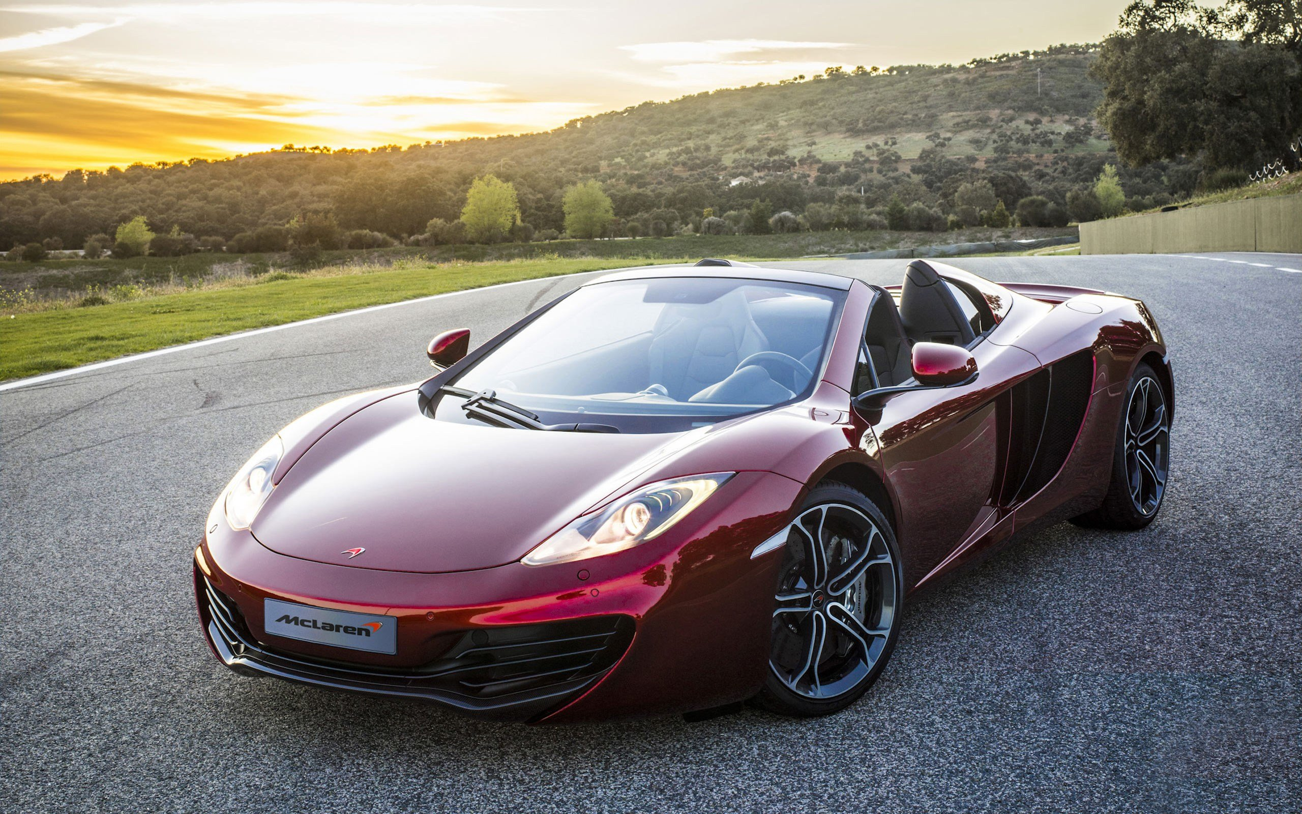 Latest 2012 Mclaren Mp4 12C Spider Wallpaper Hd Car Wallpapers Free Download
