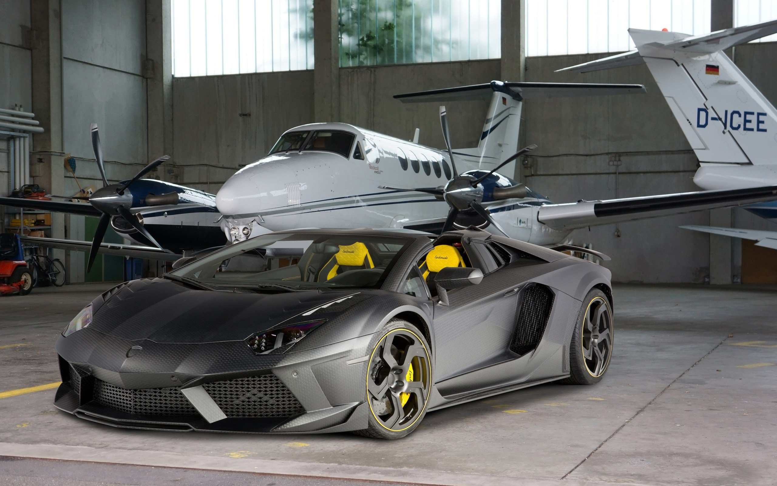 Latest 2014 Mansory Lamborghini Aventador Carbonado Roadster Free Download