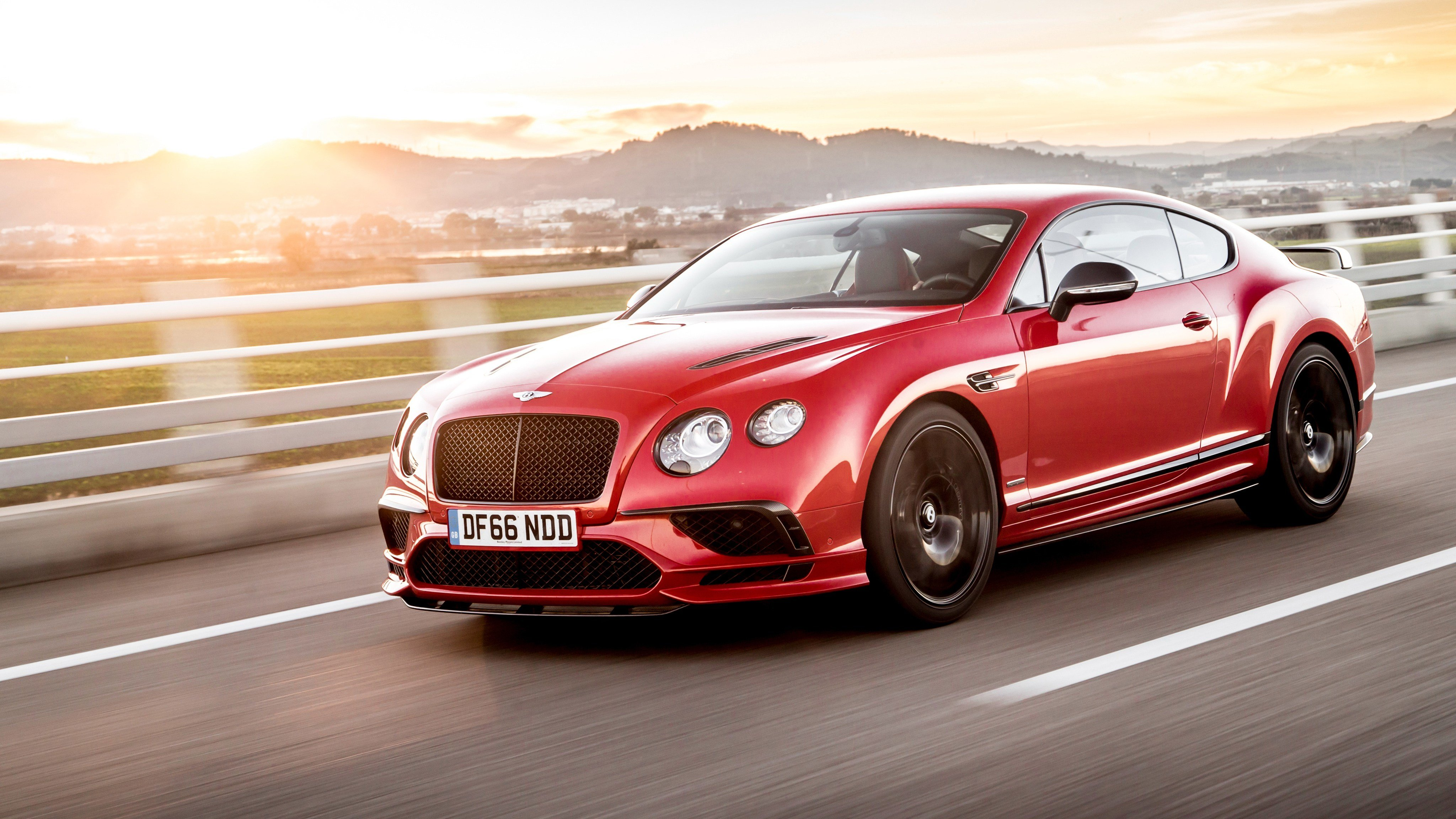 Latest Bentley Continental Supersports 4 Wallpaper Hd Car Free Download