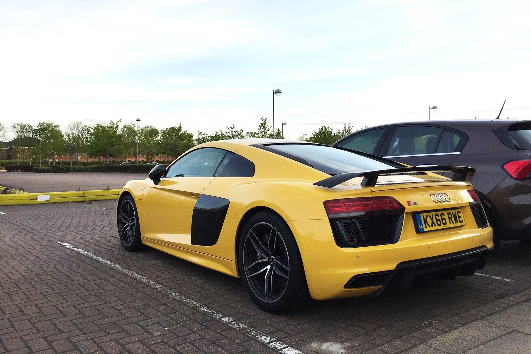 Latest Audi R8 Coupe V10 Plus 2017 Long Term Test Review By Car Free Download