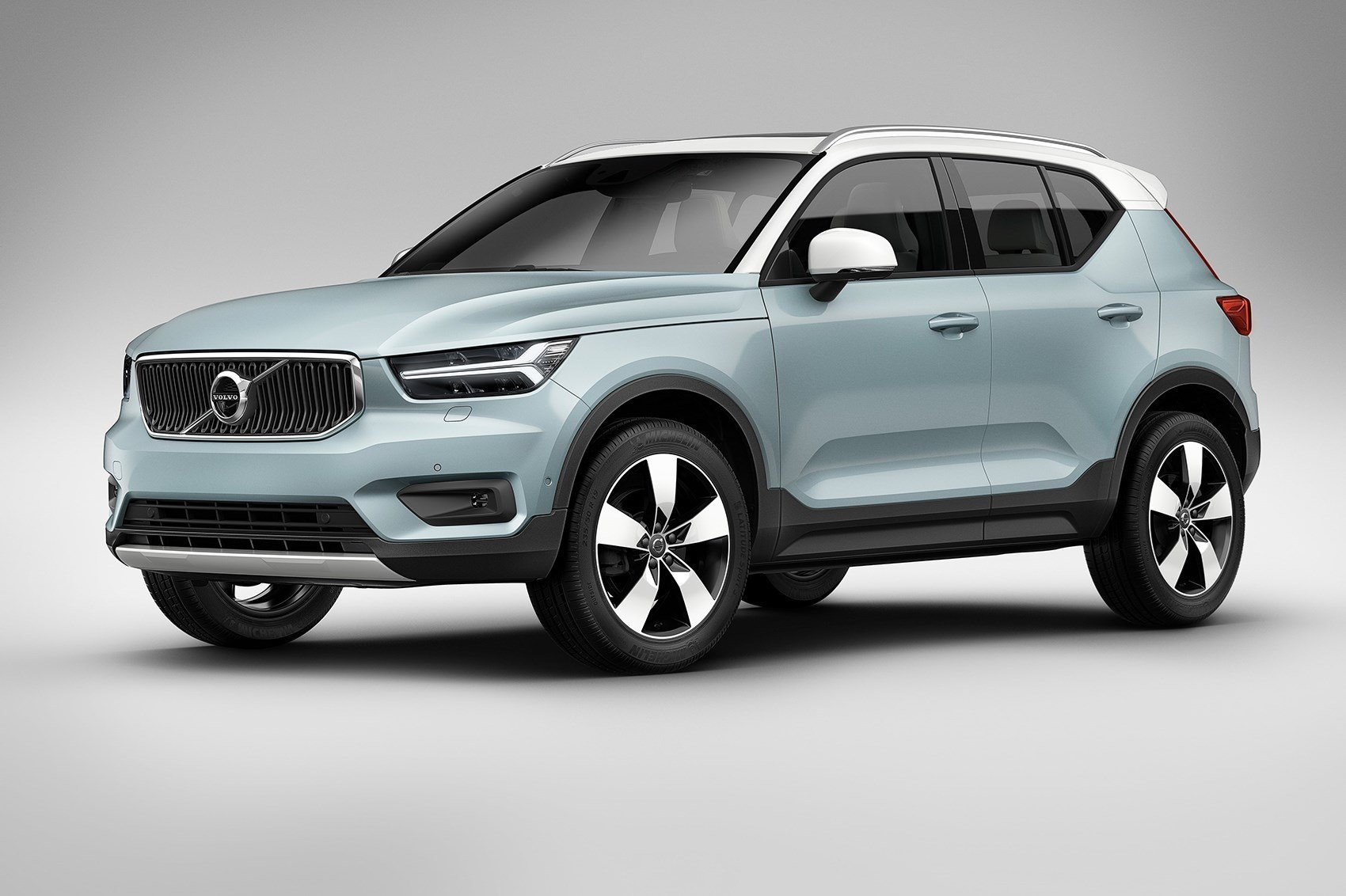 Latest Volvo Xc40 Revealed All New Baby Crossover Is Go For 2018 Free Download