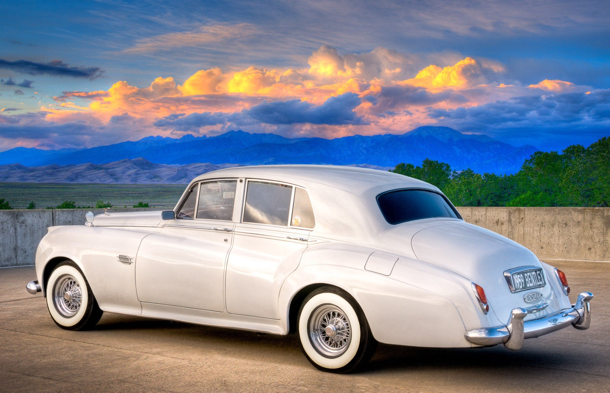 Latest 1959 Bentley S1 Saloon Classic Car Photography By Free Download