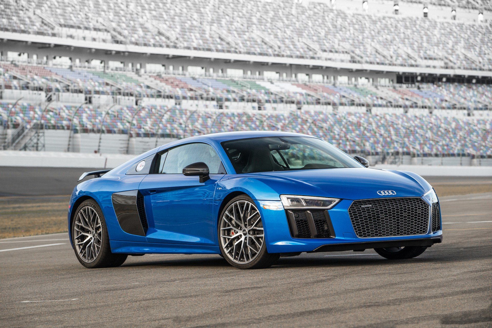 Latest 2017 Audi R8 Review Ratings Specs Prices And Photos Free Download