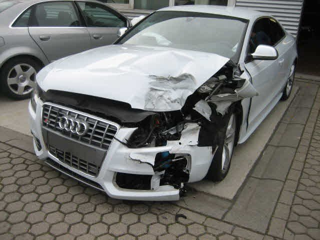Latest Incredible Audi Crash Pictures Nick S Car Blog Free Download