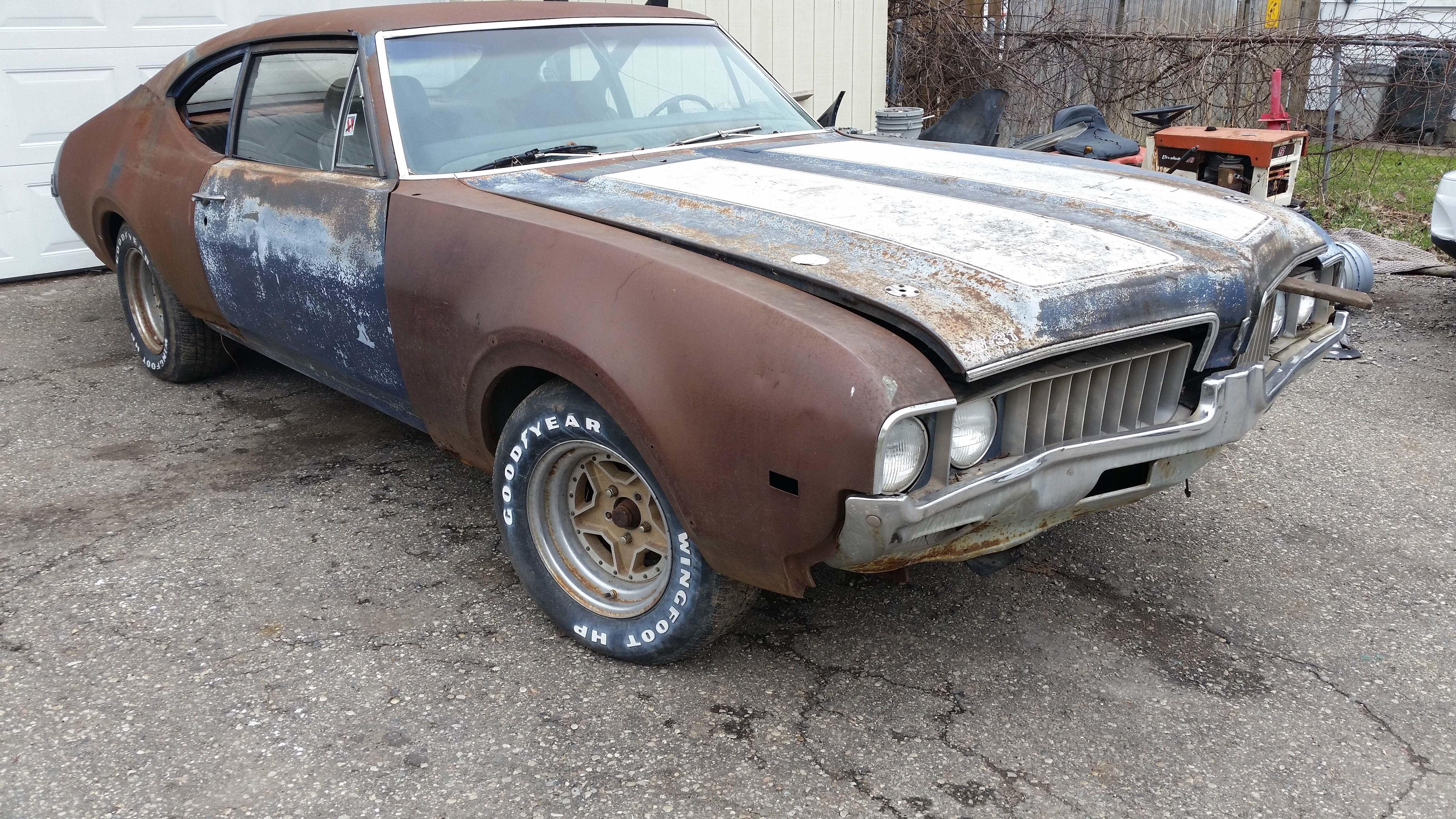 Latest Beat Up 1969 Oldsmobile Barn Find Turns Out To Be Rare F Free Download