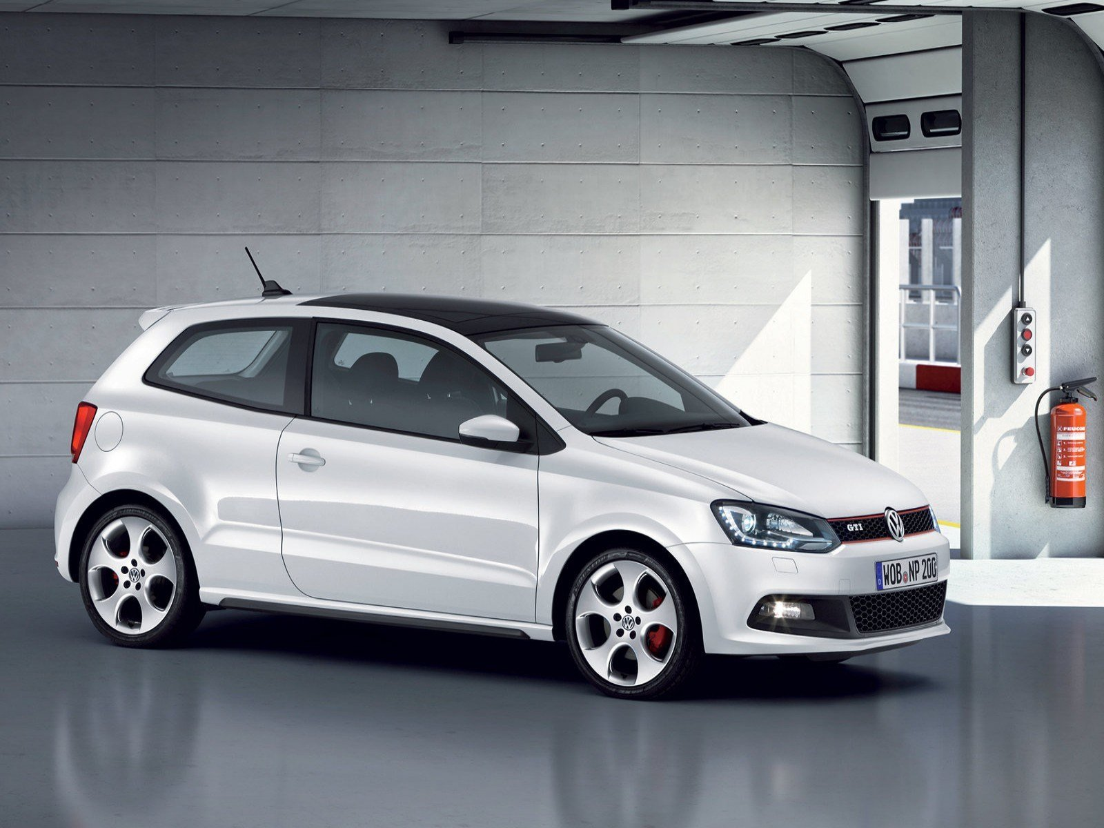 Latest New Car Volkswagen Polo Wallpapers And Images Wallpapers Free Download