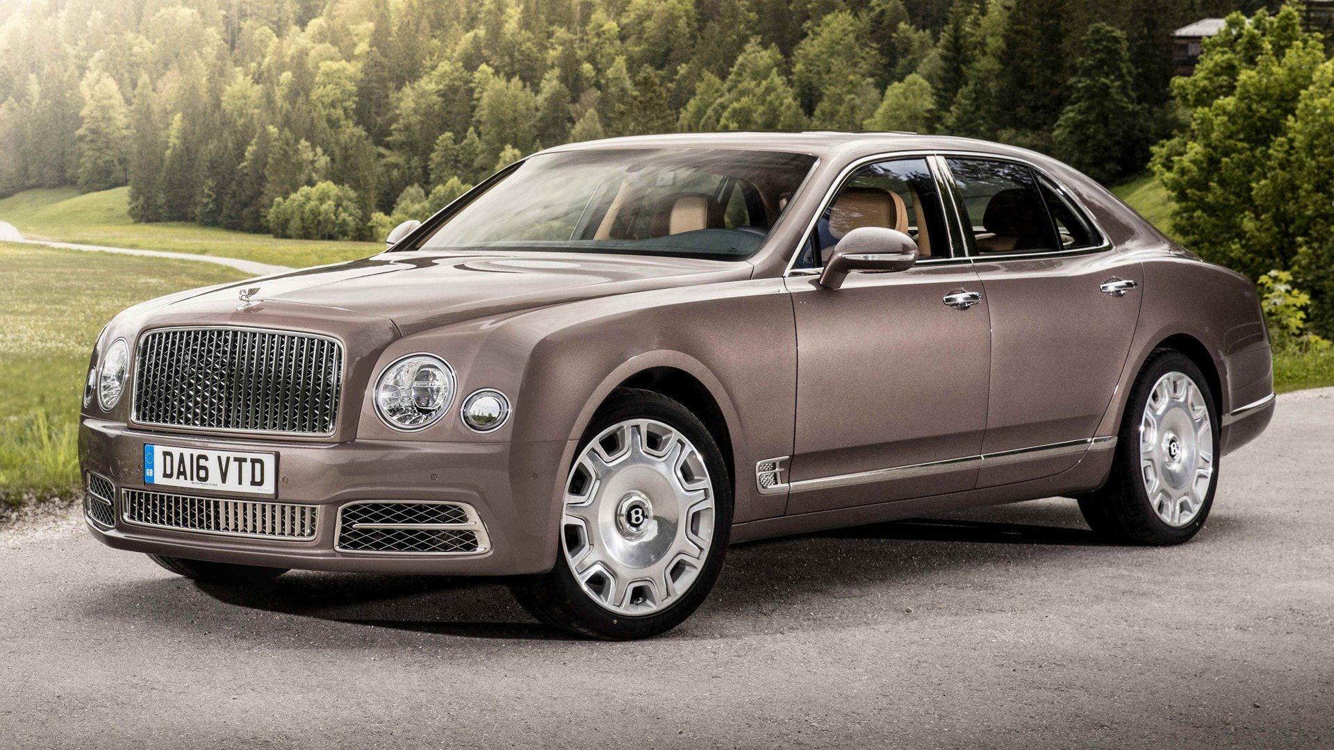 Latest Bentley Mulsanne 2016 Wallpapers And Hd Images Car Pixel Free Download
