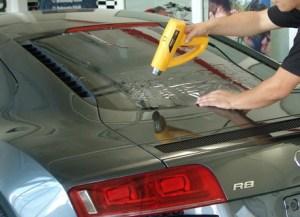 Válassza a professzionális LLumar autóüveg fóliázást Óbudán