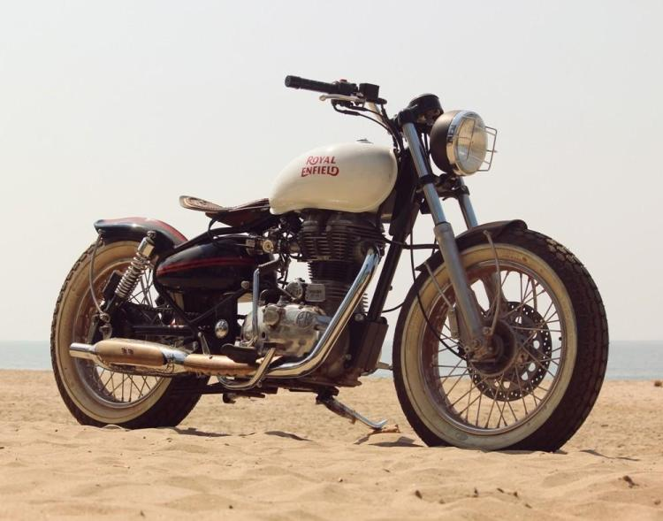 Боббер Royal Enfield Bullet 500 Beach Tracker