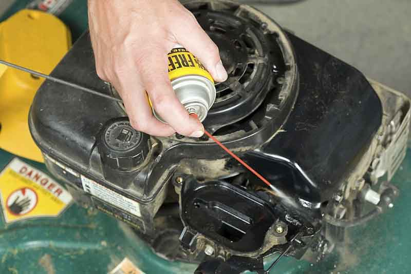 Carburetor Cleaner for Small Engines
