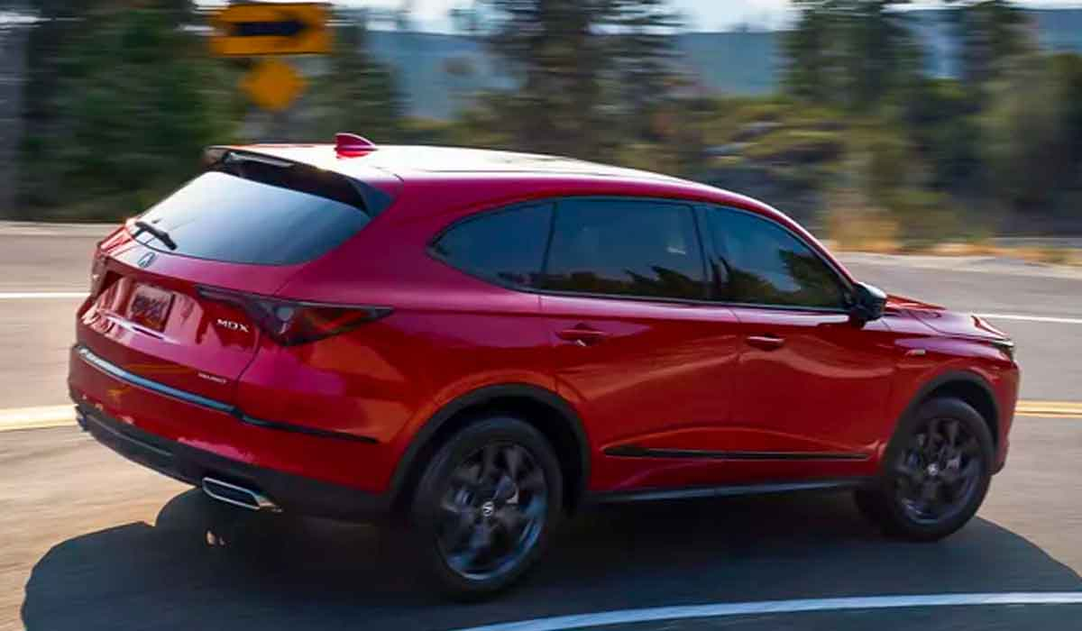 The base 2023 Acura MDX Review boasts EPA fuel-economy ratings of 19 mpg city and 26 mpg highway. Opting for all-wheel drive reduces the highway rating