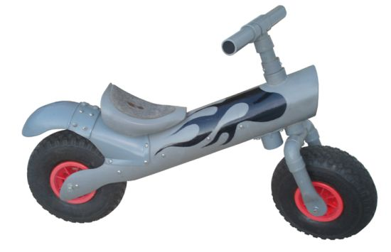 Bruno Gavira children's bike from PVC pipes 1