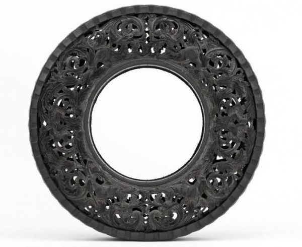 Wim Delvoye art on tires  2