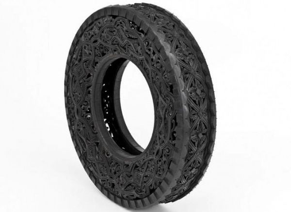Wim Delvoye art on tires  3