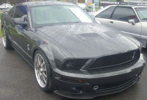 800px-'07-'09_Ford_Shelby_Mustang_(Sterling_Ford)
