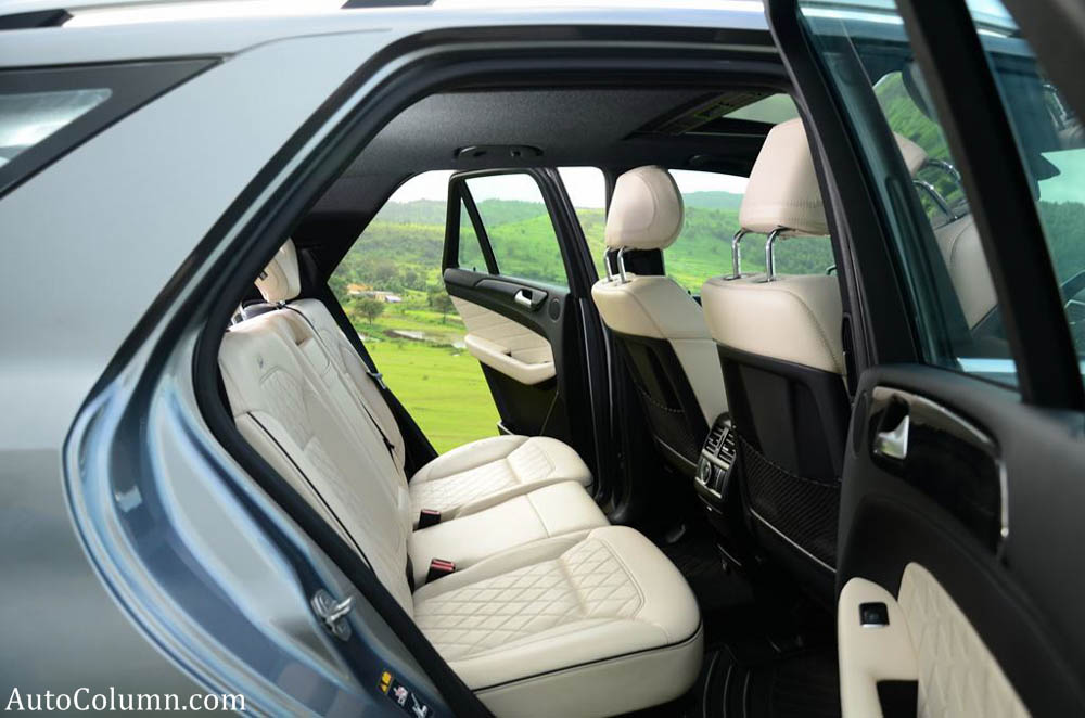 2013 ML 350 CDI rear seats