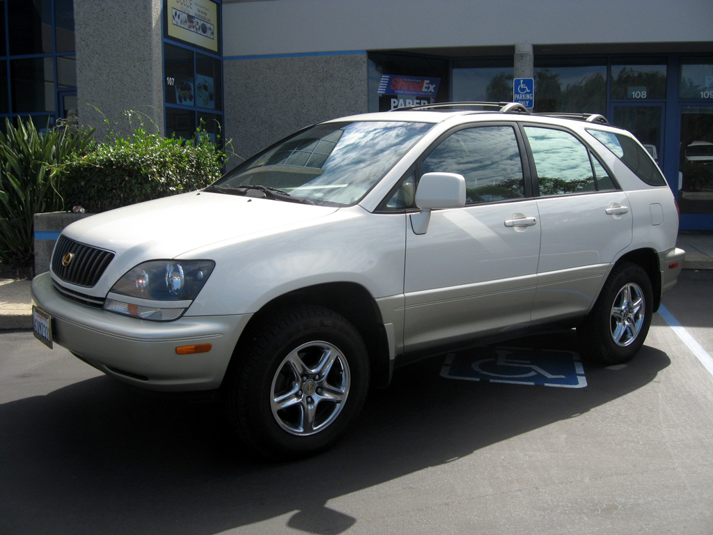 hight resolution of 2000 lexus rx300 sold