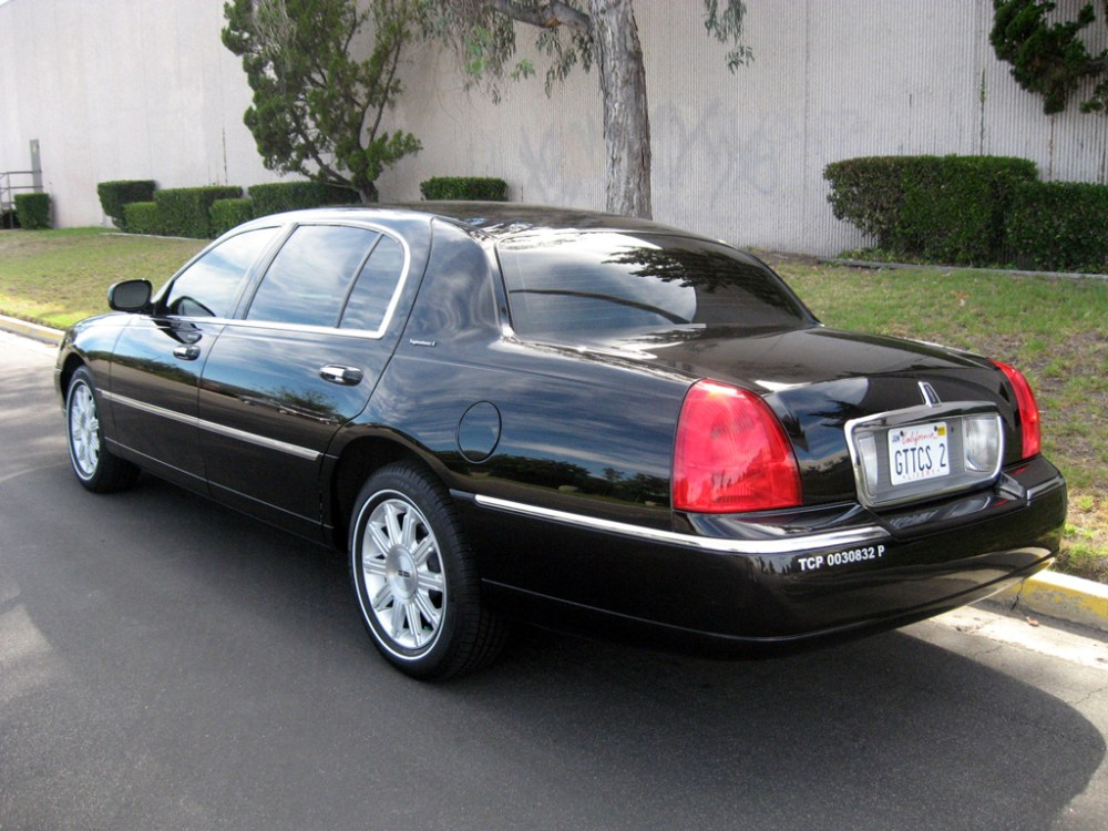medium resolution of 2009 lincoln town car l sold