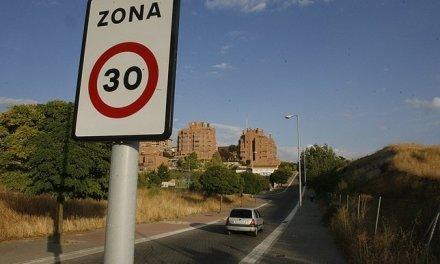 """¿DÓNDE  ESTÁ  LA """"ZONA 30"""" EN PARQUESOL?"""