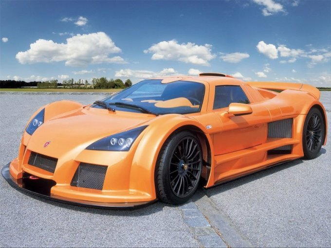 фото Gumpert Apollo Sport