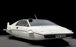 Cубмарину Lotus Esprit Джеймса Бонда выставили на eBay
