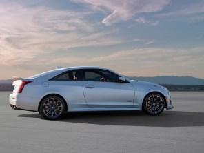 Cadillac V-серии станут полноприводными гибридами