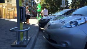 Ощадбанк догоняет OKKO по количеству электрозаправок