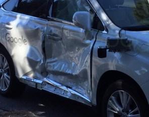 Робомобиль Google попал в свою самую серьёзную аварию