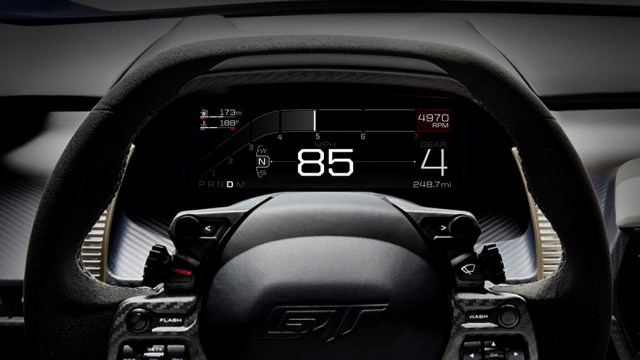 Инженеры создали инновационную 10-дюймовую цифровую панель приборов для Ford GT