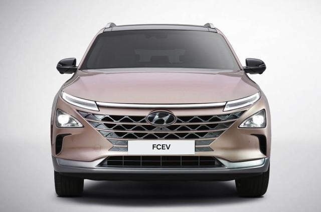 Hyundai готова представить преемника водородного кроссовера ix35