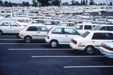 50 оттенков белого: власти Туркменистана запретят все цвета автомобилей, кроме одного