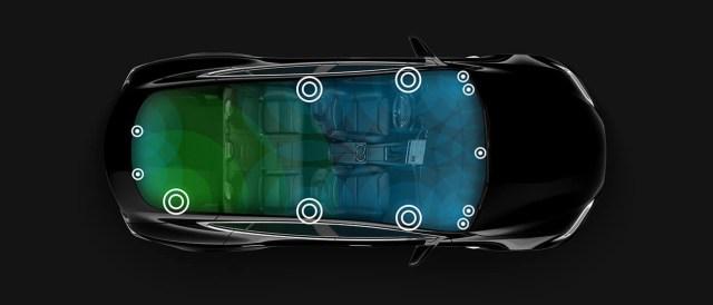 Tesla Model S сможет автоматически регулировать звук аудиосистемы в зависимости от ветра и шума за окном