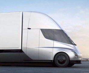 Tesla разыграет среди подписчиков возможность проехаться на электрогрузовике Semi