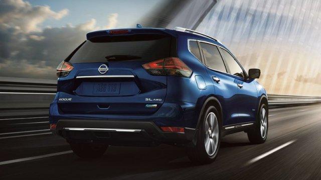 Nissan подняли цены на гибридные Rogue/X-Trail из-за Android Auto