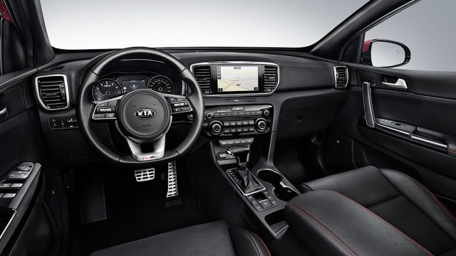 Kia Sportage первой из модельного ряда компании получит уникальный дизельный гибрид: все подробности