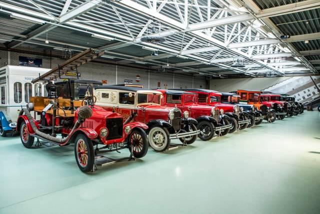 Коллекция на $7,2 млн: ушли с молотка 300 экспонатов крупнейшего частного музея Ford