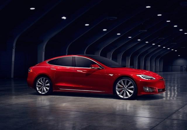 Сэкономили? Возвращайте! Немецкое правительство требует у покупателей Tesla вернуть субсидии на электромобили