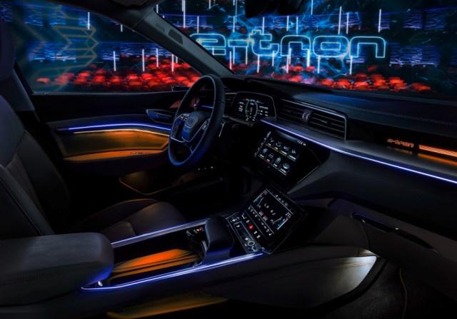 Арест не преграда: в Audi определились с датой показа электрокроссовера e-tron