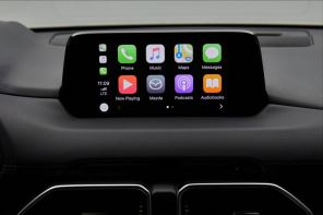 Теперь и в Украине: Mazda добавила Apple CarPlay и Android Auto в мультимедиа систему