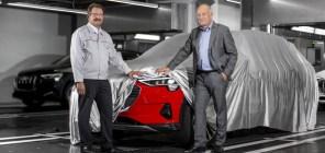 Красные машины быстрее: Audi выпустила с конвейера первый электрокроссовер e-tron