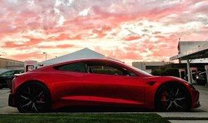 Tesla Roadster нового поколения вновь «засветился» на живых снимках