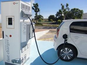 """Электрокарам """"зеленый"""" свет: Google Maps  внедрил интерактивные карты зарядных станций"""