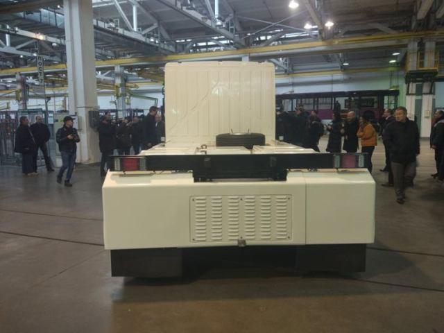 «Богдан» представил изготовленный для Евросоюза первый украинский электрогрузовик