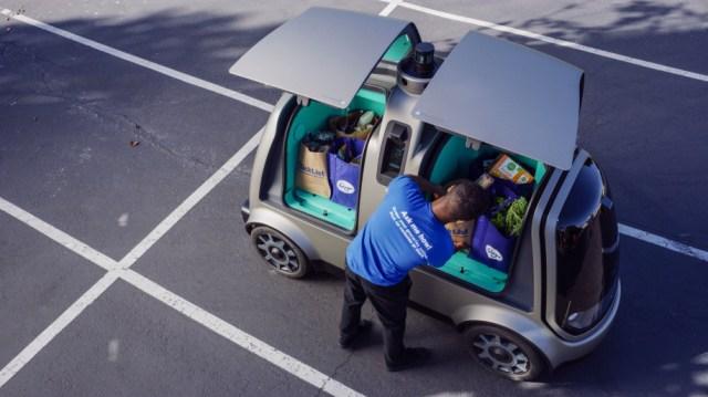 Симпатичный беспилотник Nuro R1 начал доставлять продукты из супермаркетов за