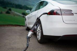 Волшебный адаптер: канадский стартап придумал, как ускорить обычную зарядку электромобилей