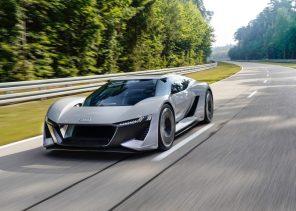 Audi выпустит ограниченную партию электрического суперкара PB18 e-tron: фото и видео