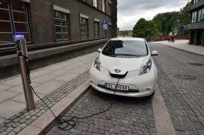 Половина проданных автомобилей в Норвегии за 2018 год - электромобили